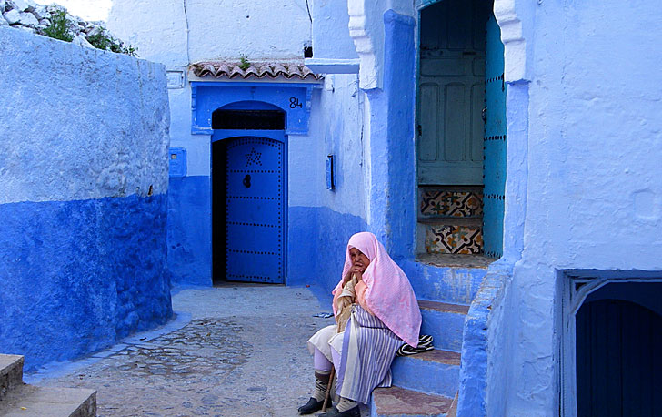 Chefchaouen-blue-walls