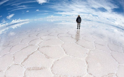 Salar de Uyuni – World's Largest Salt Flat
