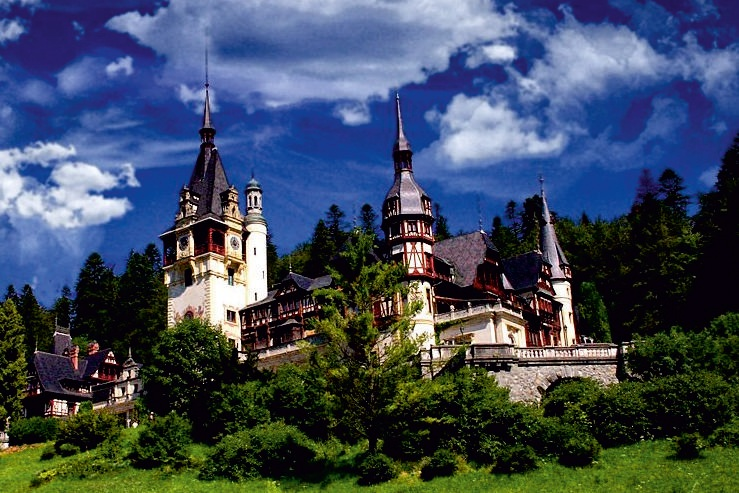 Peles Castle is considered to be one of the most impressive castles in entire Europe