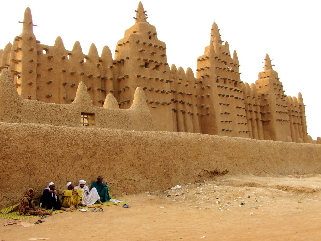 Largest mud building in the world. Great Mosque of Djenne, Mali