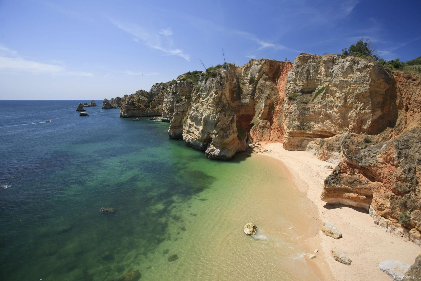 The coastline in Algarve is some of the most beautiful nature of Europe