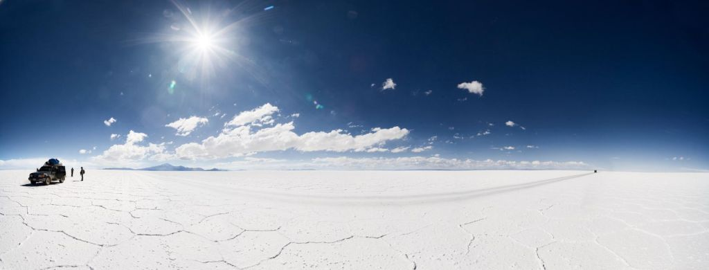 Salar de Uyuni - World's largest salt flat