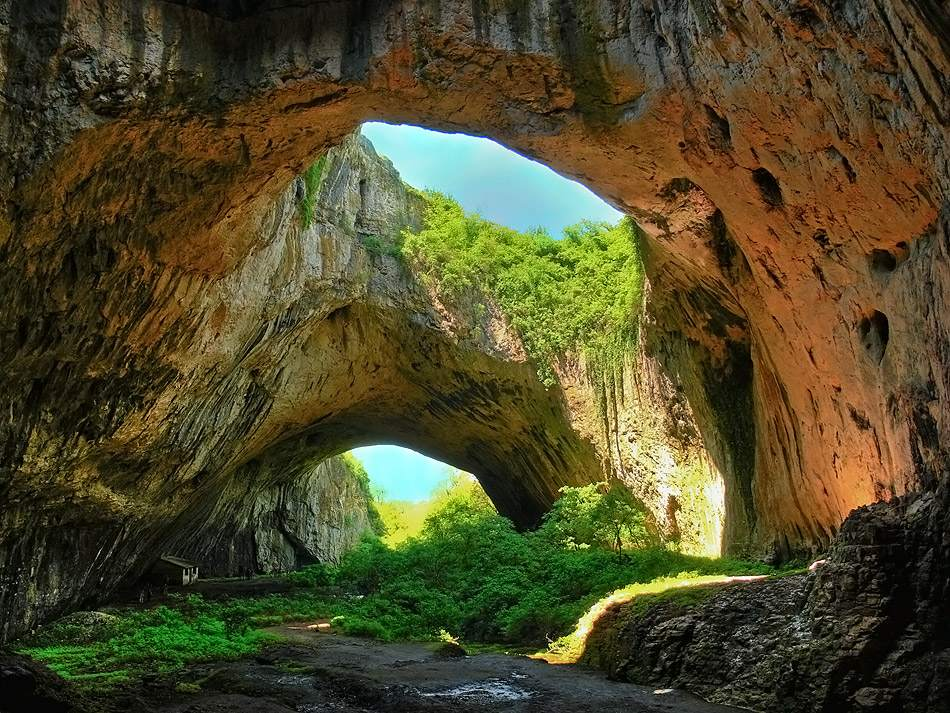 The caves in Bulgaria have clear evidences of prehistoric life
