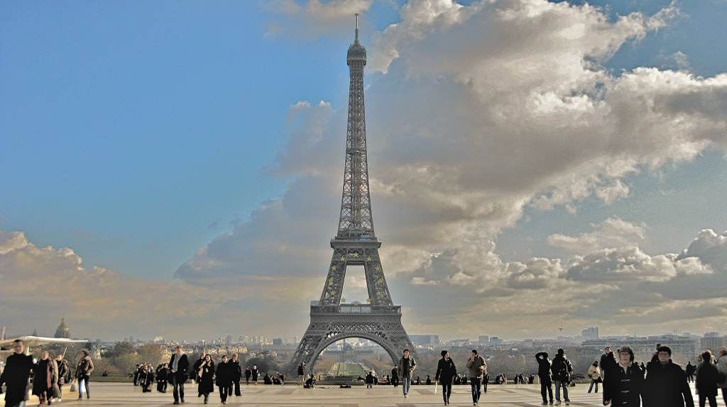 Eiffel Tower, Paris: from the Trocadero (HDR).