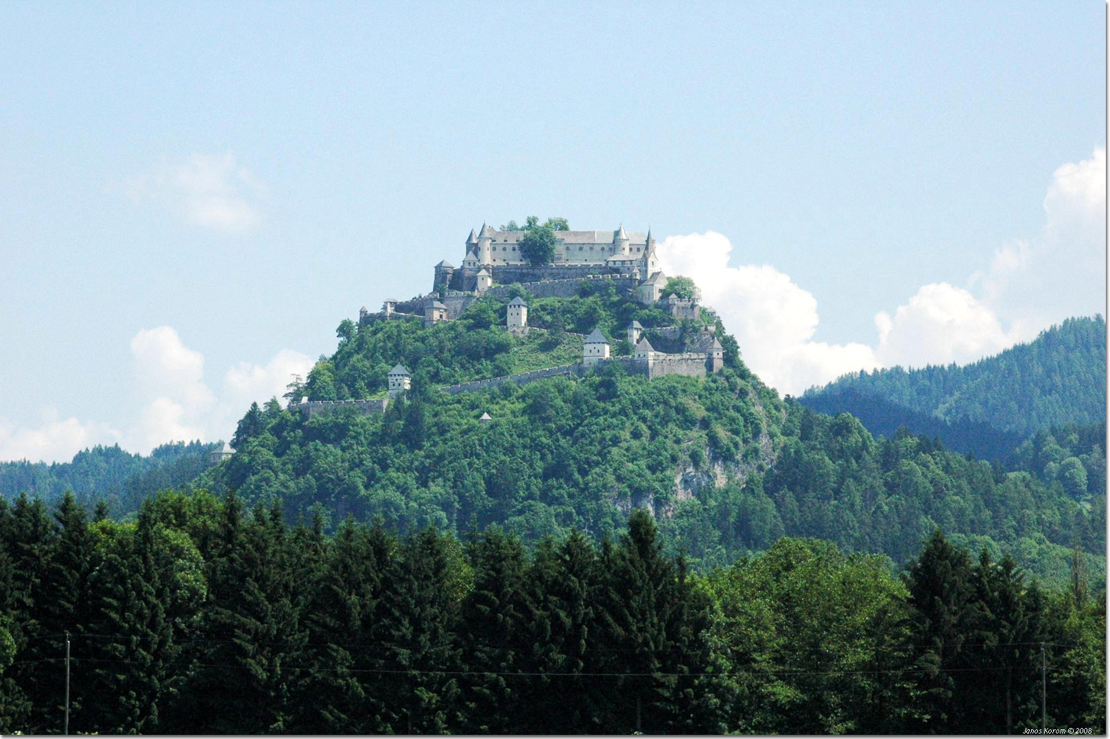 Hochosterwitz is considered to be the greatest medieval fortress in Austria.